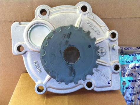 OE Volvo Water Pump